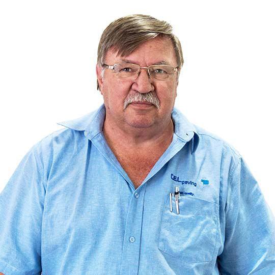 <b>Cobus Du Plessis</b>