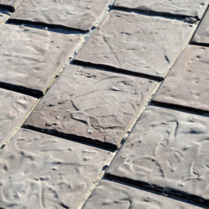 C.E.L. Paving Products residential use of cobbles in slate finish