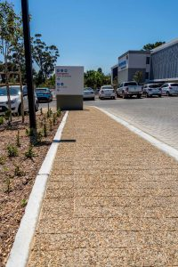 Brownstone Coarse Exposed Aggregate paver for pathways